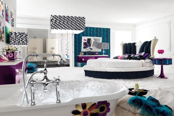 fancy-stunning-clean-and-glamour-bedroom-e1386217165990